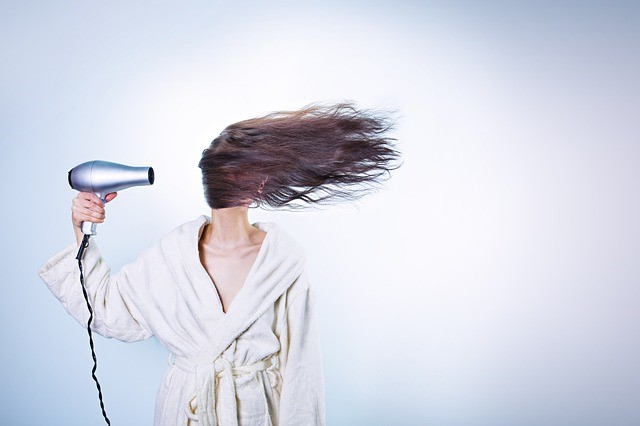 woman-with-blowdryer