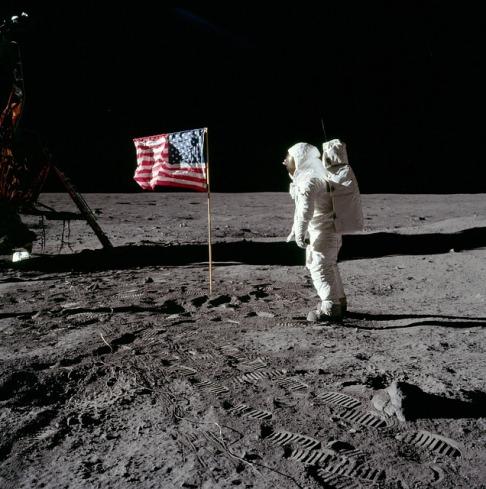 moon-landing-62879_640