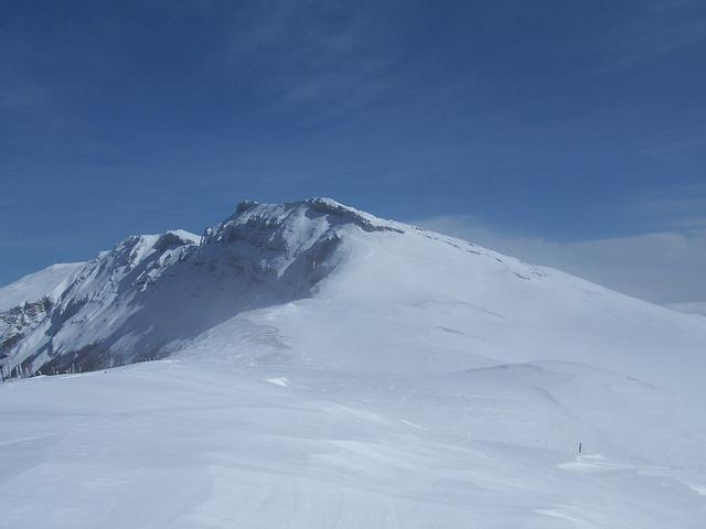 mountain-740795_640