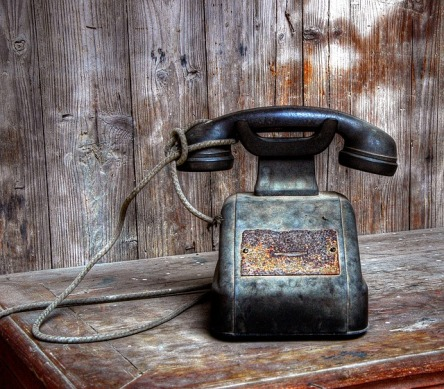 phone-1988231_640