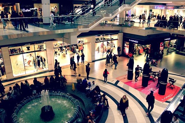 mall-2595002_640.jpg