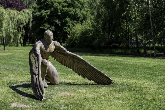 garden-sculpture-2351652_640.jpg